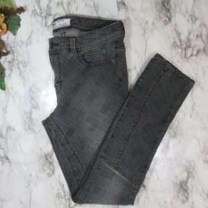Free People Gray Skinny Jeans Size 28